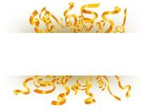 漂浮与文本空间的金黄丝带 免版税图库摄影