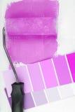 漆滚筒和颜色图表选择 免版税图库摄影