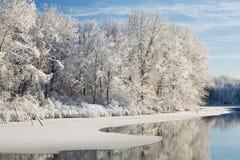漏洞杰克逊湖冬天 免版税库存图片