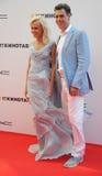 演员与他的妻子Tatiana的Dmitry Dyuzhev 图库摄影
