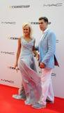 演员与他的妻子Tatiana的Dmitry Dyuzhev 库存照片