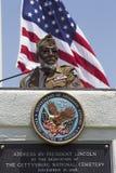演员退伍军人詹姆斯McEachin讲话在洛杉矶国家公墓每年纪念事件, 2014年5月26日,加利福尼亚,美国 免版税库存照片