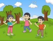 演奏在公园动画片传染媒介例证的孩子音乐 库存照片