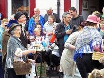 演奏在街道上的生产在Glenarm节日Co Anteim 库存图片