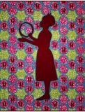 演奏小手鼓的非洲女孩 库存照片