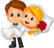 演奏新娘和新郎的动画片孩子 免版税库存图片