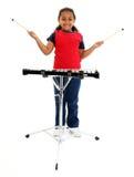 演奏木琴年轻人的女孩 库存图片