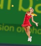 演奏网球妇女 库存照片