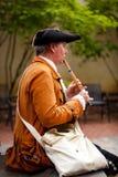演奏长笛的早期的美国殖民 库存照片