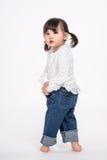 演播室三岁的亚裔婴孩画象射击-被隔绝 图库摄影