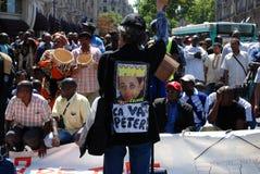 演示移居巴黎工作者 免版税图库摄影