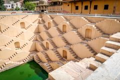 潘纳Meena钾Kund步很好,斋浦尔,拉贾斯坦,印度 免版税图库摄影