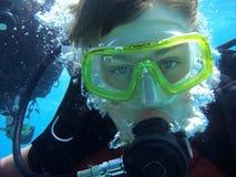 潜水员年轻人 免版税库存图片
