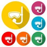 潜水的面具象或商标,与长的阴影的彩色组 向量例证