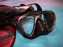 潜水风镜和飞翅 以后的夏天 图库摄影
