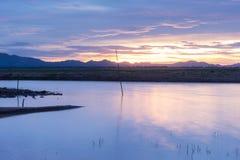潜逃Ta Klong水坝有低级水 库存图片