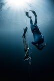 潜水员释放 免版税库存图片