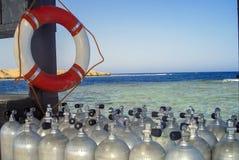 潜水用具和安全带 免版税库存照片