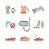 潜水的和freediving的设备,小船 免版税库存图片