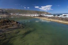 潮汐岩石池Herolds海湾 库存图片