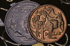 澳大利亚人的特写镜头1美元和20分硬币 库存照片