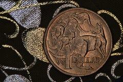 澳大利亚人的特写镜头1美元硬币 免版税库存图片