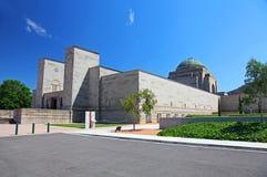 澳大利亚战争纪念建筑在堪培拉 免版税库存图片