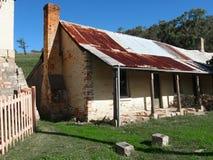 澳大利亚村庄涂抹篱笆条 免版税库存照片