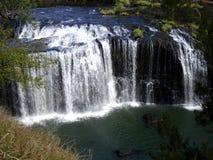 澳大利亚海岸美丽的瀑布  免版税库存图片
