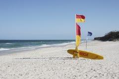 澳大利亚海滩日抢救晴朗的海浪 库存图片