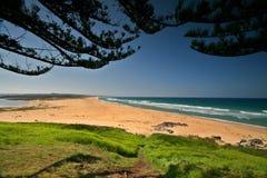 澳大利亚海滩朝向tuross 免版税图库摄影