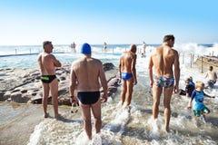 澳大利亚海滩水池场面 免版税图库摄影