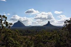 澳大利亚火山的插座Beerwah和Coonowrin 免版税库存图片