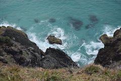澳大利亚的岩石海岸线 免版税库存图片