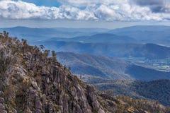 澳大利亚阿尔卑斯看法从Mt水牛城公园监视的 库存照片