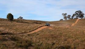 澳洲国家(地区)多小山最近的nsw oberon路 免版税库存照片