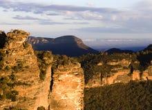 澳洲蓝色山日落 库存照片