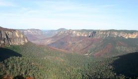 澳洲蓝色bushfire山 免版税库存图片