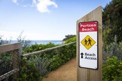 澳洲Portsea海滩跟踪 库存照片