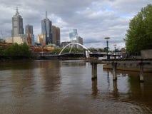 澳洲中心财务墨尔本河地平线视图yarra 库存照片