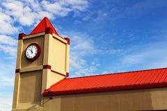 澳洲市时钟大厅找出珀斯西部塔的城镇 免版税库存图片