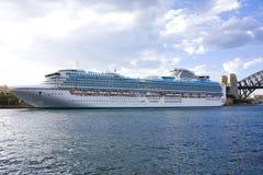 澳洲cruiseliner豪华悉尼 免版税库存图片
