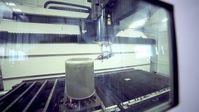 激光机器人metallcutter经营与metall 影视素材