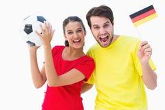 激动德国足球迷欢呼 免版税库存照片
