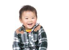 激动的小男孩费 免版税库存图片