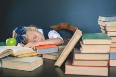 激发您的孩子学习一个乏味主题 免版税库存图片