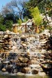 瀑布和桥梁 库存图片