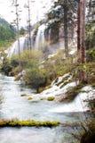 瀑布和流 免版税库存照片