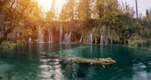 瀑布和湖, Plitvice国家公园 克罗地亚,欧洲 库存照片