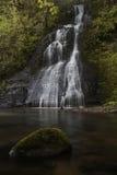 瀑布和Riverflow 库存照片